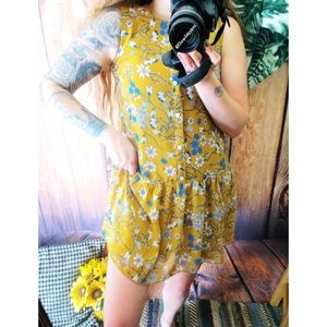 Dresses & Skirts - NWOT Floral button down babydoll dress 🌞